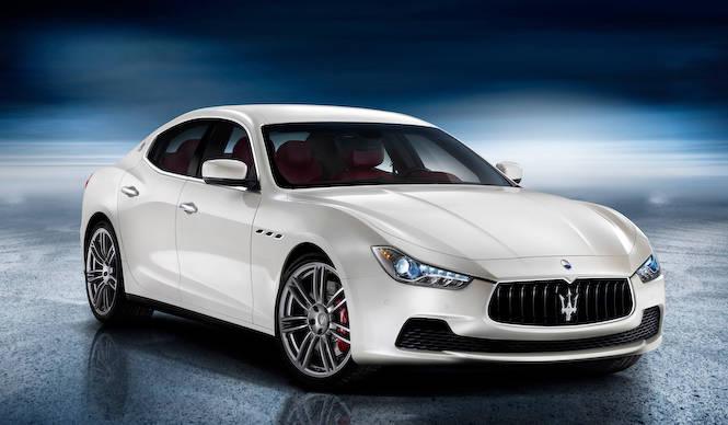 マセラティ ギブリを予告 Maserati