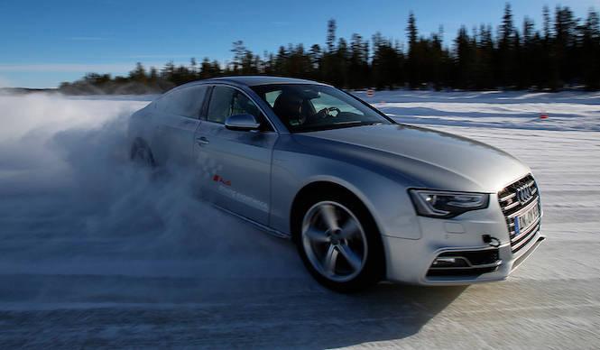 北極圏でマスターするアウディ クワトロ|Audi