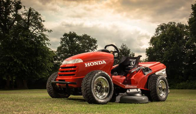 ホンダが世界最速の芝刈機を製作 HONDA