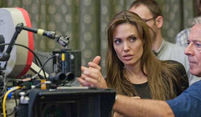 MOVIE|アンジェリーナ・ジョリー渾身の監督作『最愛の大地』