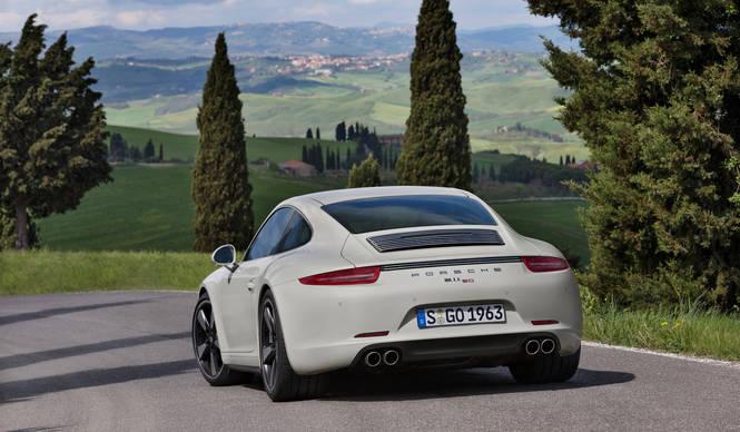 ポルシェ ジャパン 911 50周年モデルにMT導入|Porsche