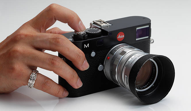 JAY TSUJIMURA 新型ライカをドレスアップ「Mr. M for Leica M240」