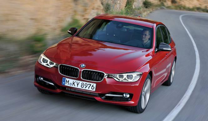 3シリーズも向上した安全装備と通信モジュールを標準採用|BMW