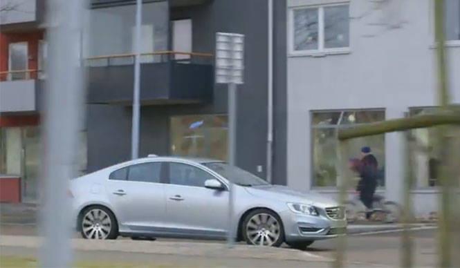 ボルボ、最新安全技術「サイクリスト検知機能」を発表|Volvo