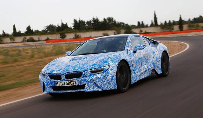 BMW i8に試乗|BMW
