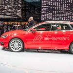 アウディ A3 Sportback e-tronの市販モデルを発表|Audi
