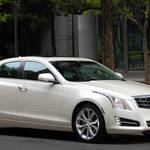 キャデラックATSが阪急メンズ東京にあらわる|Cadillac