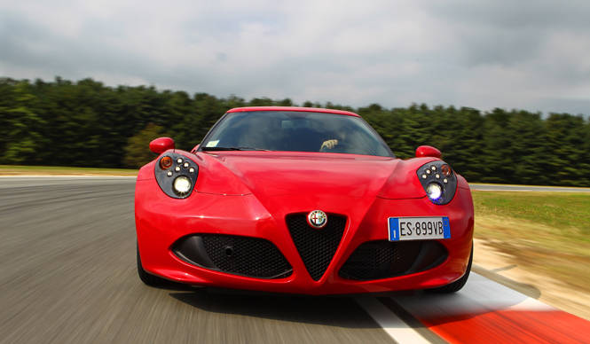 アルファ ロメオ 4Cに試乗|Alfa Romeo