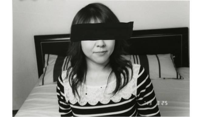 ART 荒木経惟展『人妻ノ写真』をラットホールギャラリーにて開催