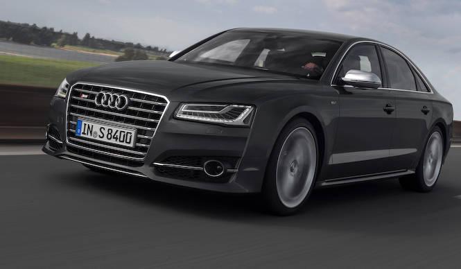アウディ、S8をはじめS3セダンなど10モデルを展示|Audi