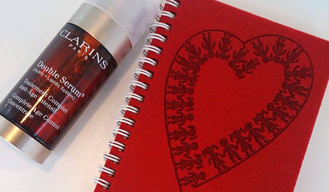 CLARINS|「ネットを見ました!」で、特製ハートノートをプレゼント中