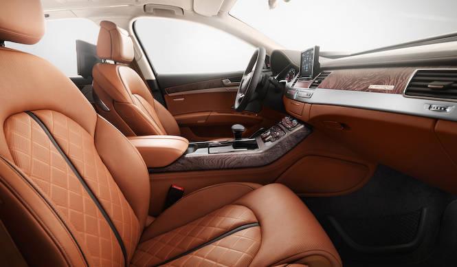 ポルトローナ・フラウのレザーを使った特別なA8 Audi