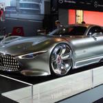ヴァーチャルでリアルなスーパーカー|Mercedes-Benz