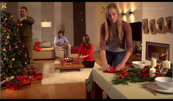 AMGからのメリークリスマス|Mercedes-Benz