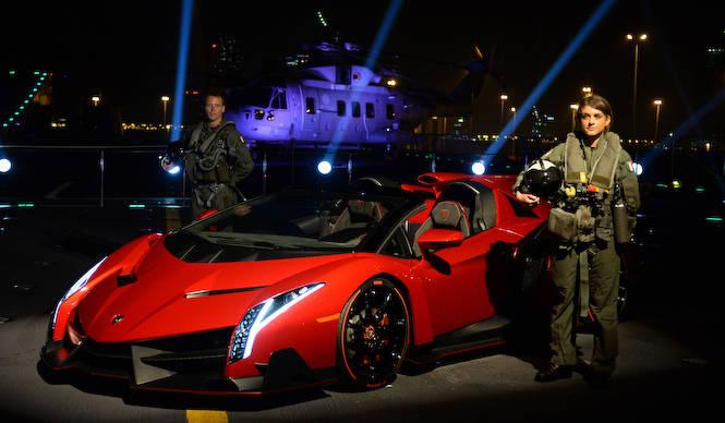 ヴェネーノ ロードスターを公開 Lamborghini