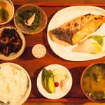 角田陽太|「東京浪漫酒場」|第五回 代田橋「しゃけ小島」