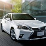 スピンドルグリルにフェイスリフトしたCT、日本でも発売|Lexus