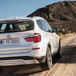 BMW X3が3シリーズにならったデザイン変更を実施|BMW