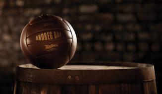 アードベッグがピート・サッカー大会を開催|Ardbeg