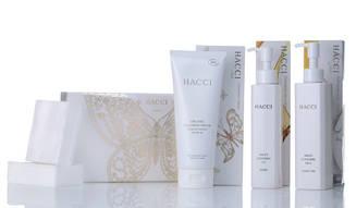 HACCI|藤原美智子と水谷仁美の「最新クレンジング」対談