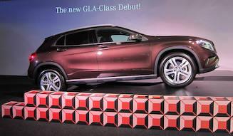 コンパクトSUV、新型GLAを日本で発売|Mercedes-Benz