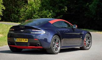 アストン V8 ヴァンテージ N430を英国で試乗する|Aston Martin