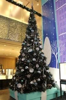 TIFFANY & Co.|ティファニーが贈るロマンティックなクリスマス