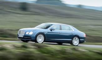 V8を搭載するフライングスパーを英国で試乗|Bentley