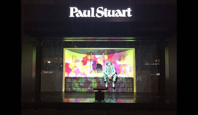 Paul Stuart|青山店のウインドウでプロジェクションマッピング