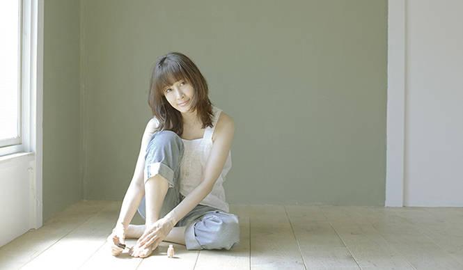 MUSIC|青木カレンがカヴァー・アルバム『Eternal Melody』を発表