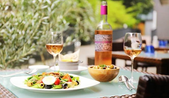 EAT|南仏の風を感じるカフェビストロ「カフェ ニース・マタン」が原宿に