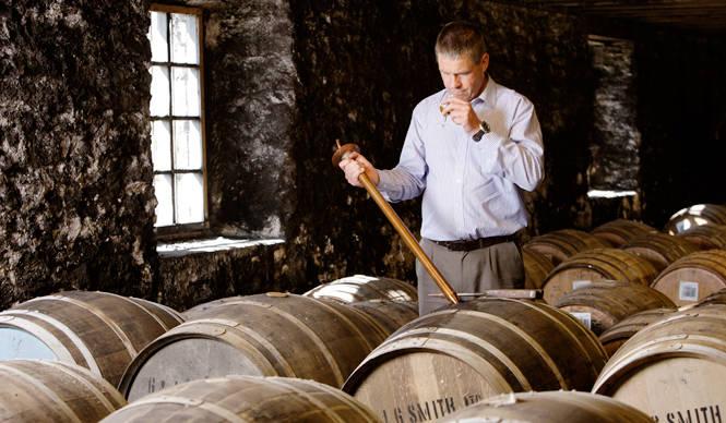EAT|オロロソ・シェリー樽のみで熟成されたシングルモルト・ウイスキー「ザ・グレンリベット ナデューラ オロロソ」