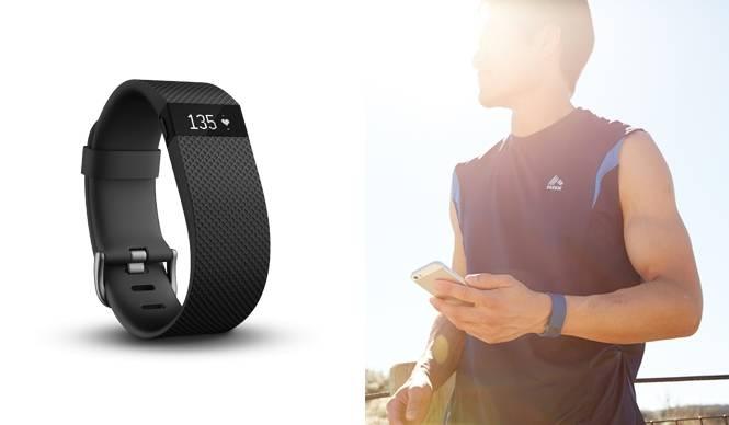 心拍数を記録する多用途のフィットネスリストバンド「Fitbit Charge HR™」|Fitbit