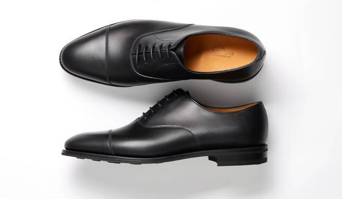 梅雨の季節にはきたい名靴「シティ2 アクア カーフ」|JOHN LOBB