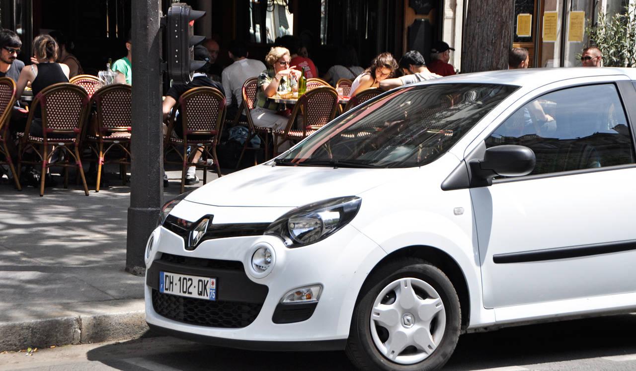 パリ在住の日本人クリエイターが考える、ルノーのある生活(1) Renault