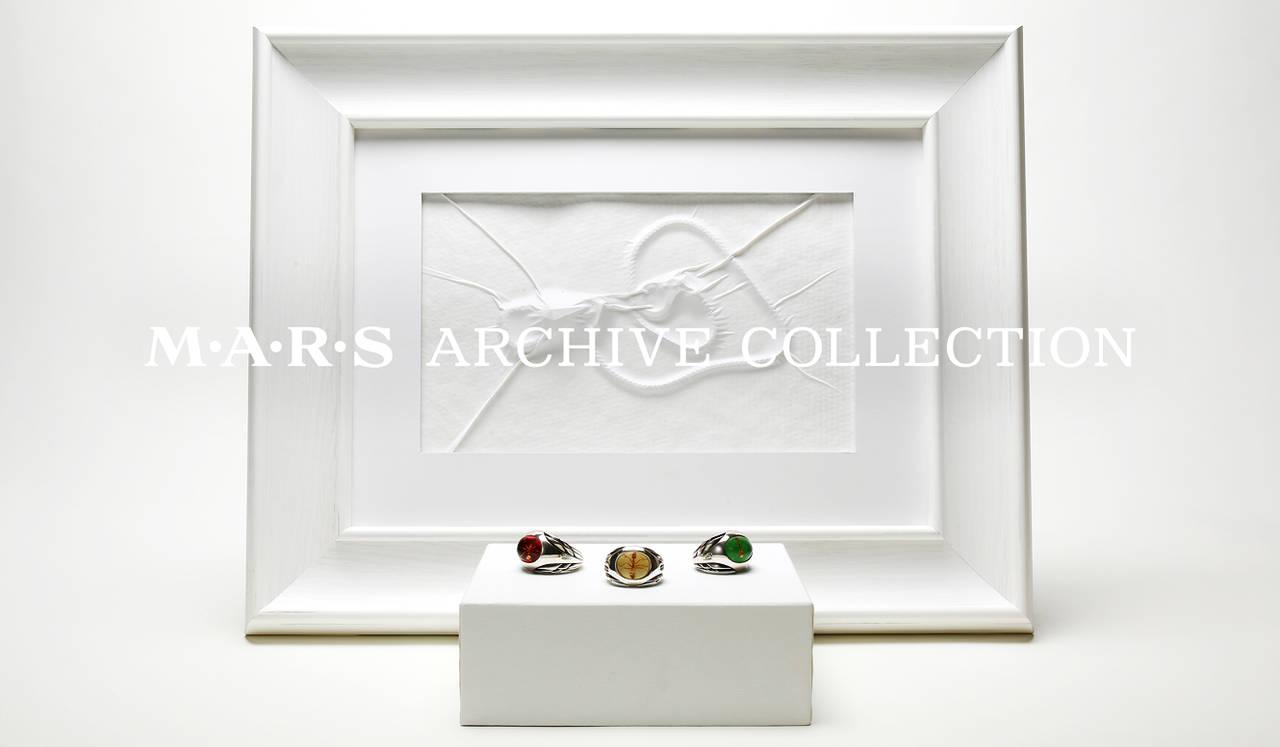 ブランド設立25周年を記念したアーカイブコレクションを展示|M・A・R・S