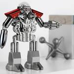 ロボットアニメ好きに捧ぐ贅沢なクロック MB&F