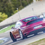 ターボ化した新世代911 カレラに迫る|Porsche