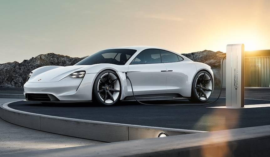 ポルシェ初のEVモデル開発が正式に決定|Porsche