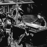 ジェフ・ミルズが東京フィルハーモニー交響楽団とコラボレーションイベントを開催|MUSIC