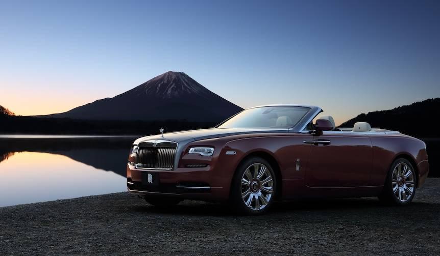 ロールズの新型オープン「ドーン」、日本での価格を発表|Rolls-Royce