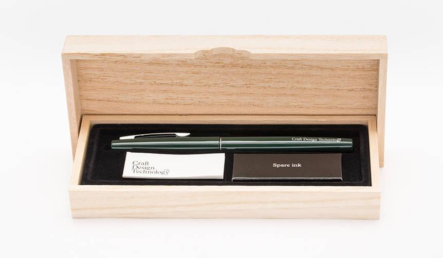 エレガントさを併せ持つ「筆ペン」|CRAFT DESIGN TECHNOLOGY