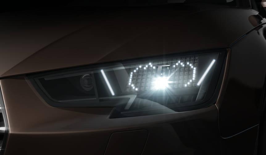 顔文字で意思を伝えるヘッドライトを新型A4に設定|Audi