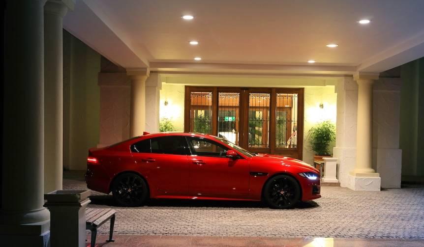 ジャガーXEのディーゼルモデルに試乗 Jaguar