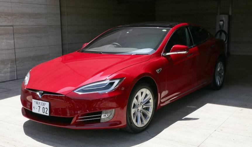 テスラ モデルSが初のフェイスリフト|Tesla