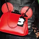 コーチがミッキーマウスをフィーチャーした「Disney x Coach」限定コレクション発売|COACH