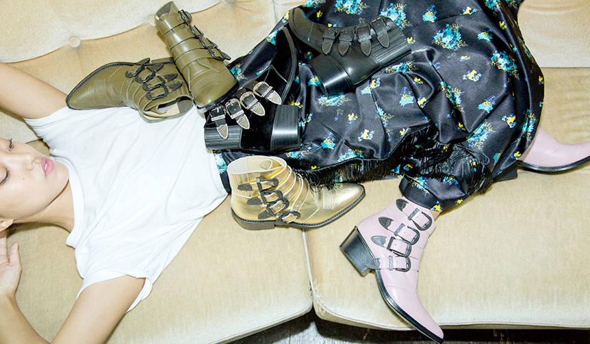 トーガ プルラ シューから5周年限定記念リミテッドブーツが発売|TOGA PULLA SHOE
