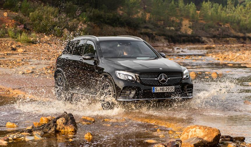プラグインハイブリッドとAMG 43、2モデルの「GLC」を追加|Mercedes-Benz