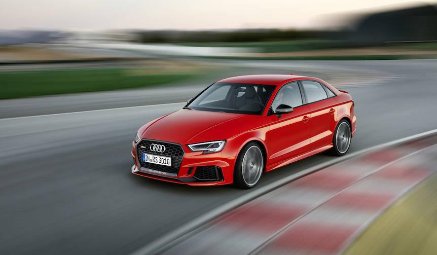 快速コンパクトセダン「アウディRS3セダン」誕生|Audi