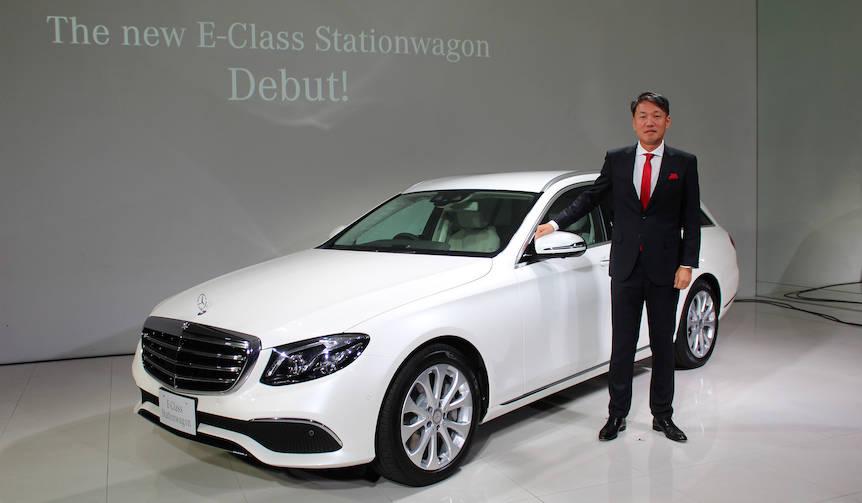 新型Eクラス発表と同時にクリスマスイベントを開催 Mercedes-Benz